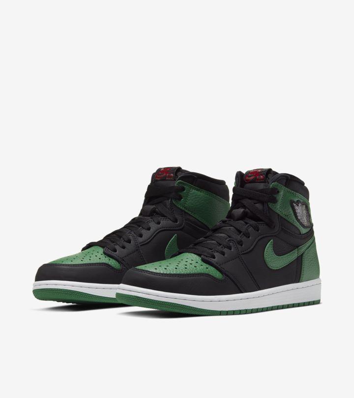 お馴染みのカラーブロックに「NIKE AIR JORDAN 1 BLACK/PINE GREEN」過去を踏襲したグリーン